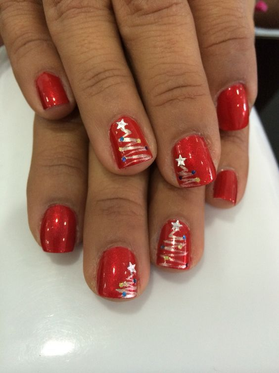 90+ Christmas Nail Art Designs Which Are perfect f