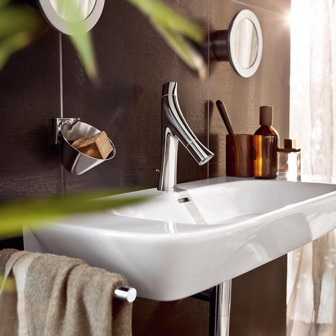 Organic and minimalist design.  @starck  #AXOR #AXORnordic #PhilippeStarck #AXORstarck #mixer #design #interior #interiordesign #interiordecor #bathroom #bathroomdesign #bathroominspo #nordicbathroom  #interiorinspirasjon #inredning #sisustusinspiraatio