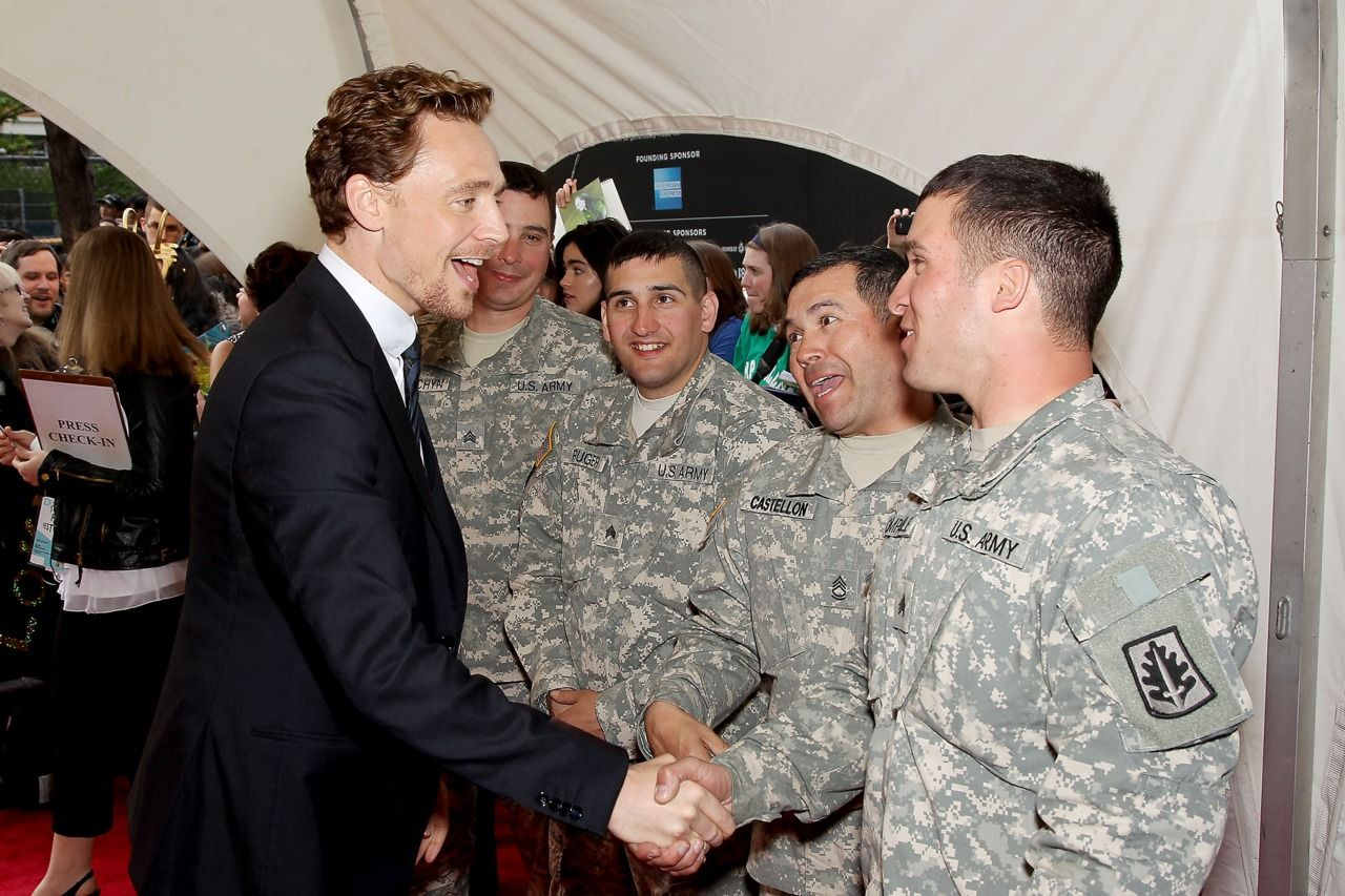 Aw, Tom...really! I think this pic. just sent me over the edge.  I loved you before, now I am completely & hopelessly head over heals! When you show respect to our troops that makes you a definite #1 in my book. Love You #TWHiddleston