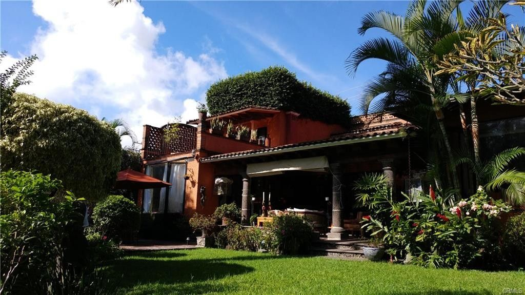 7 bedroom luxury House for sale in 33 Calle Galeana