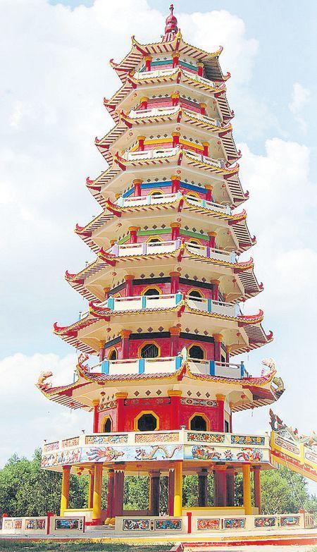 Pagoda di Pulau Kemaro, Palembang, Sumatera Selatan, Indonesia