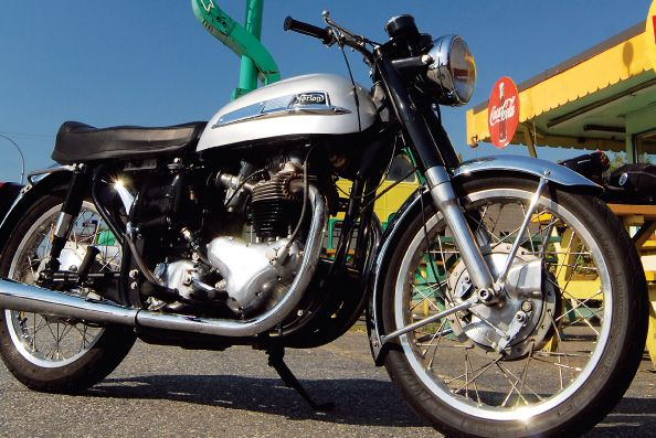 1963 Norton 650SS from the Motorcycle Classics classic bike database.