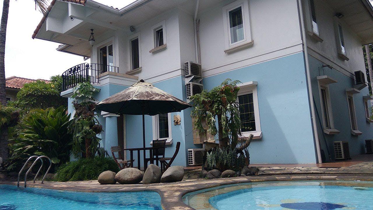 Desain Kolam Renang Belakang Rumah Mewah
