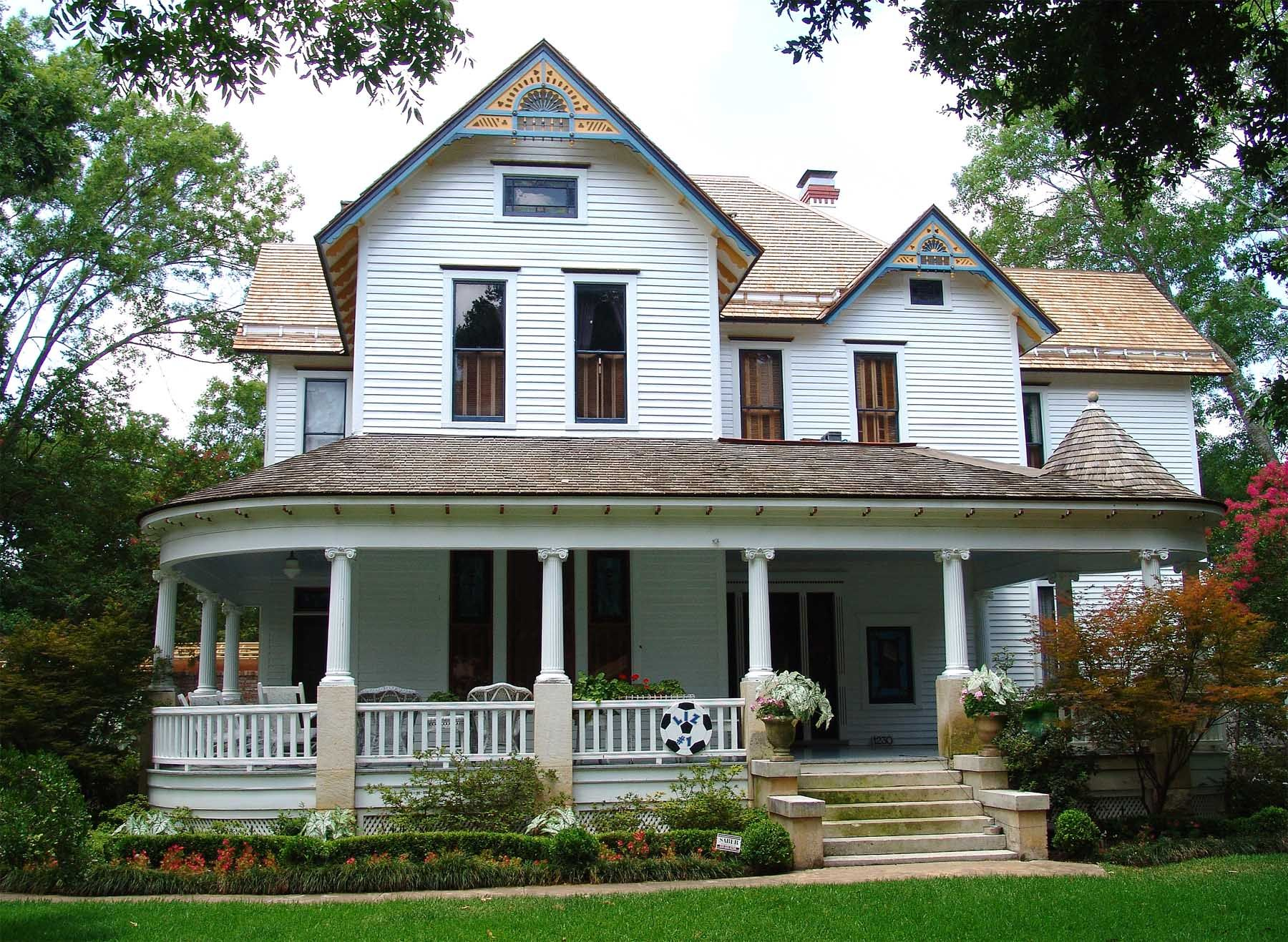 Victorian homes georgetown texas historic homes austin for Victoria home builders