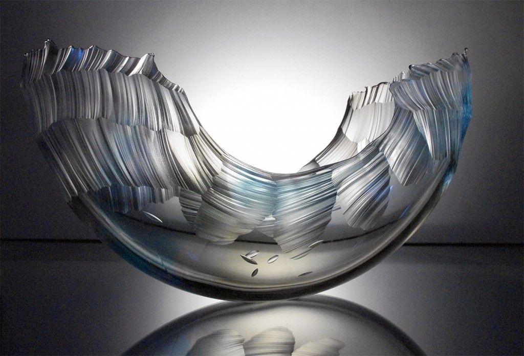 These Chiseled Glass Wave Vessels By Graham Muir Appear Frozen In Motion Glass Sculpture Glass Art Sculpture Painted Glass Vases