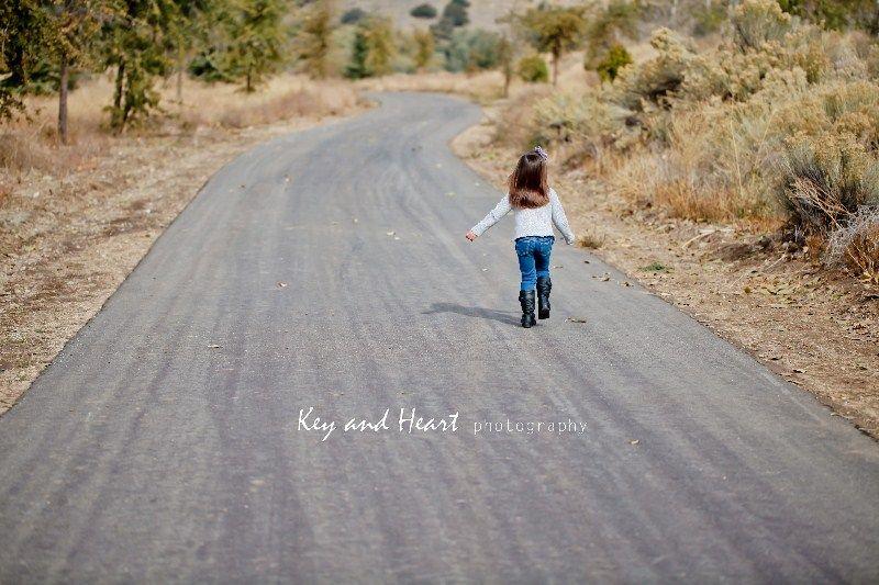 walking, road, girl, fall, autumn, love, fun, photography  www.KeyandHeartPhotography.com