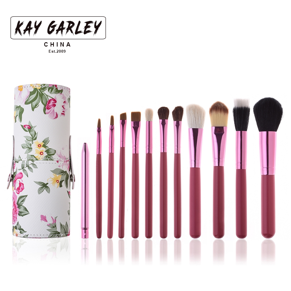 13.99$  Buy now - http://ali76u.shopchina.info/go.php?t=32723899605 - 8 Colors 12 pcs Makeup Brush Professional Cosmetics Makeup Eyeshadow Foundation Lip Brush + Makeup Brushes Container Cup 13.99$ #buyonline