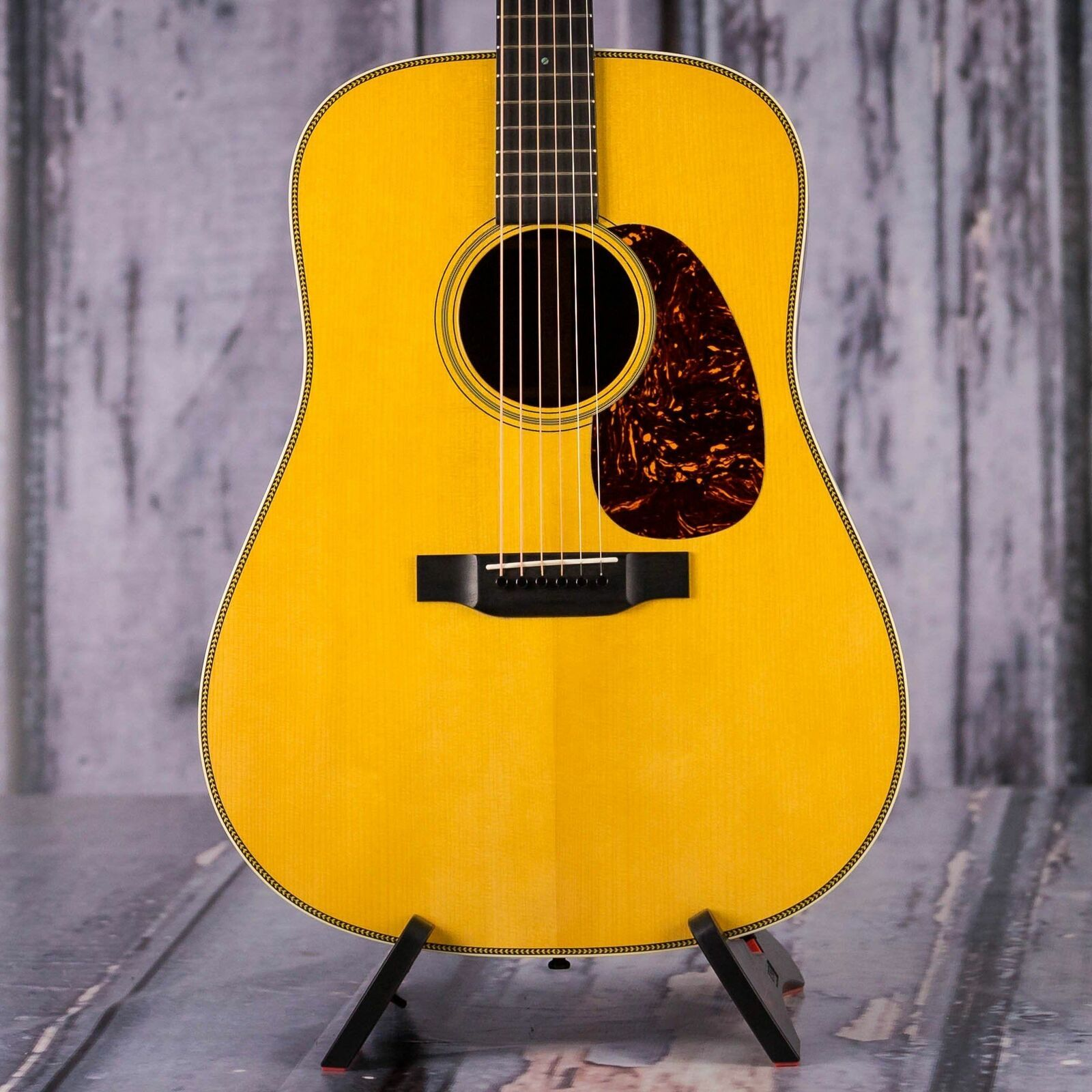 Used 2014 Martin Custom Shop Limited Run Hd 28 Natural In 2020 Acoustic Guitar Guitar Acoustic