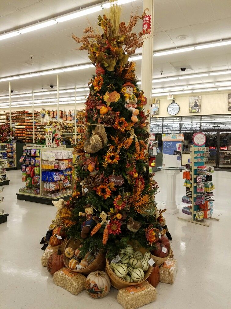 Hobby Lobby Fall Tree With Decorated Baskets Underneath Fall Christmas Tree Hobby Lobby Christmas Thanksgiving Tree