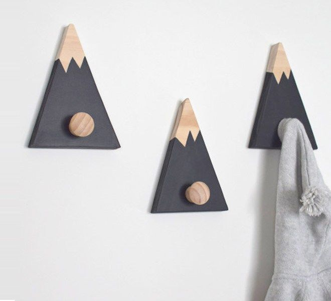20 Cool Wall Hooks Too Cute To Cover Up Con Imagenes Percheros