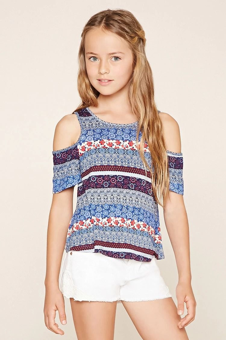 22cd9069679 Forever 21 Girls - A knit top with open-shoulder short sleeves, a round  neckline, a strappy crisscross back, and an allover ornate floral print.  #f21kids
