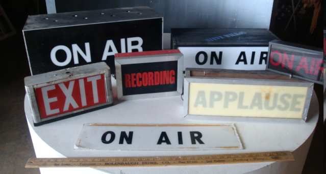 On Air Signs For Vid Recording Room On Air Sign Light Box Diy Signs