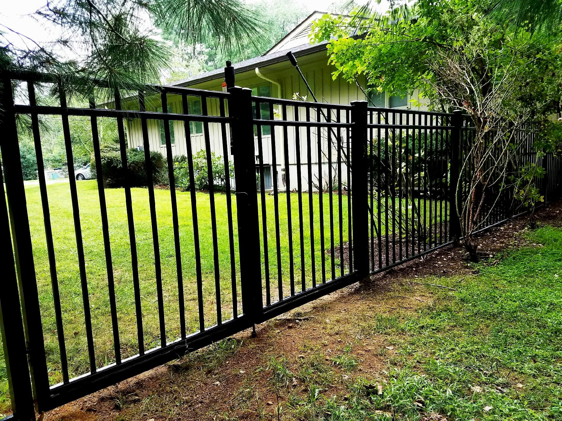 3 Rail Aluminum Straight Top Double Gate Aluminum Fencing