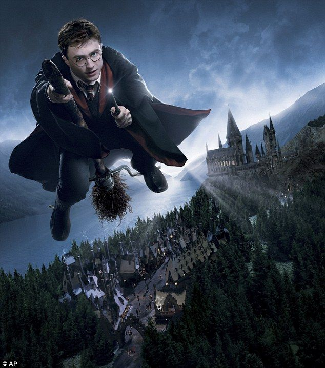Hogwarts opens in Florida: Amazing new Harry Potter theme park to cast its spell over British tourists