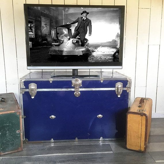 Large Blue Metal Sided Steamer Trunk With Tray, Storage Trunk, Trunk Side  Table