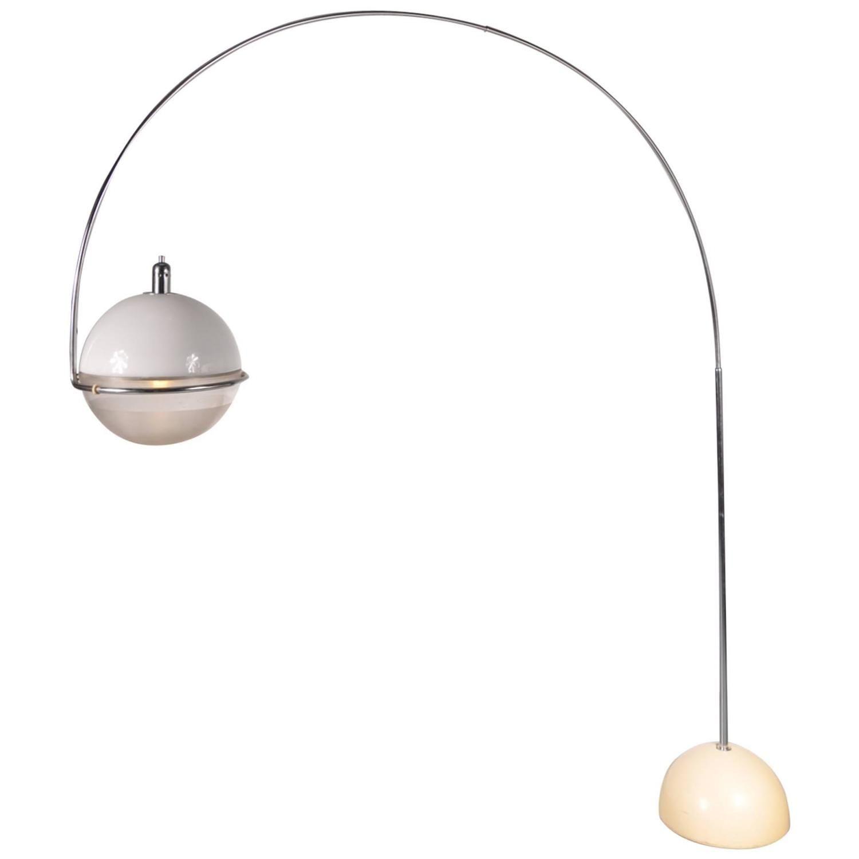 Guzzini fucos arc lamp by fabio lenci italy circa 1960 erkunde moderne stehleuchten antike mbel und noch mehr parisarafo Images