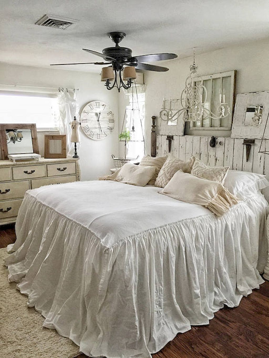 Cool 30 Romantic Shabby Chic Master Bedroom Ideas Colors Romantic Bedroom Chic Bedding Chic Bedroom Farmhouse Bedroom Decor