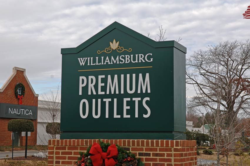 Williamsburg premium outlets williamsburg va my for Outlet colonial