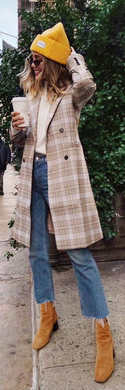 Manchester Moment Tan and White Plaid Coat 5