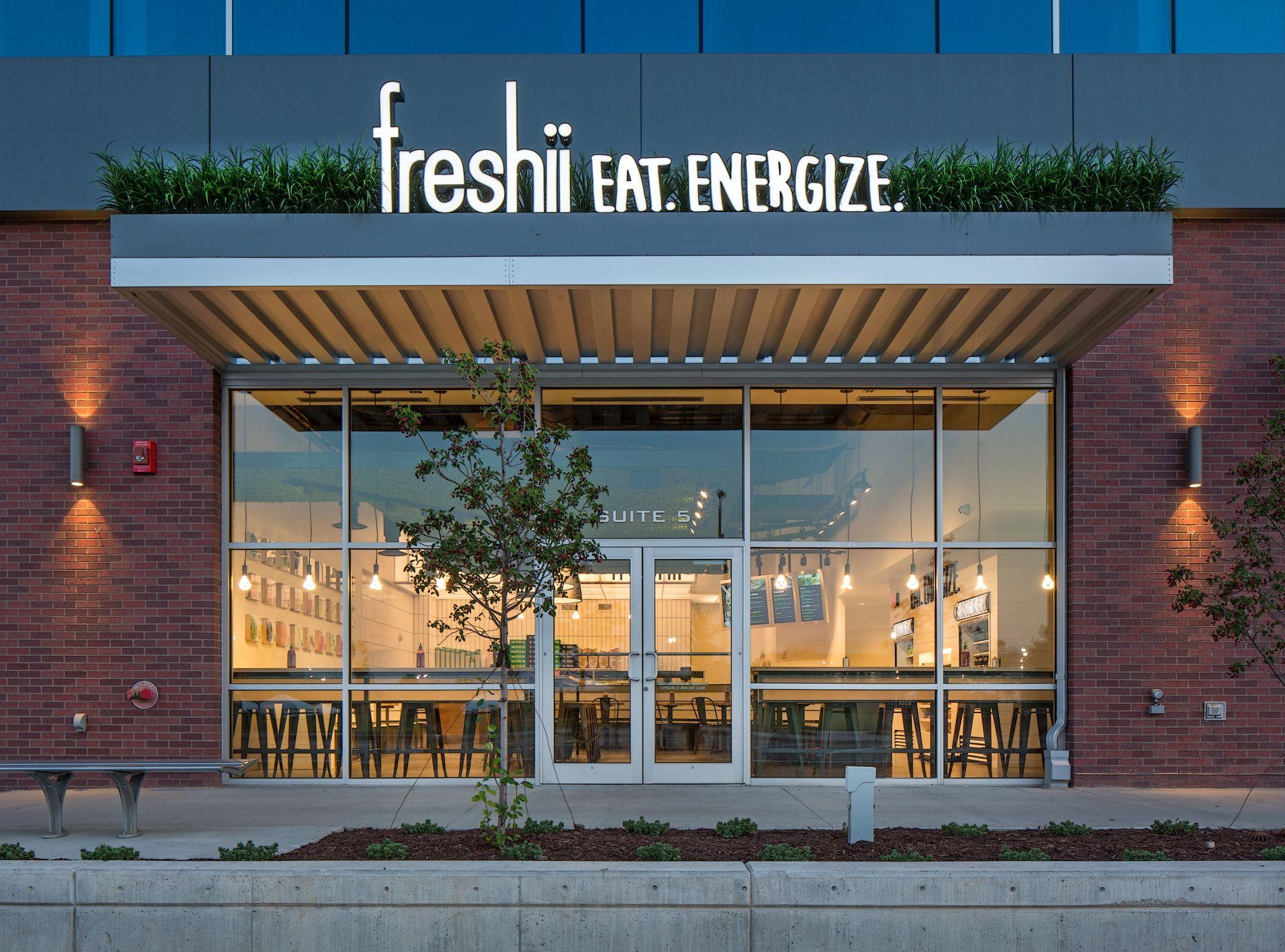 Attractive Store Design · Freshii Restaurant_Omaha_Cool Exterior Signage_Grass