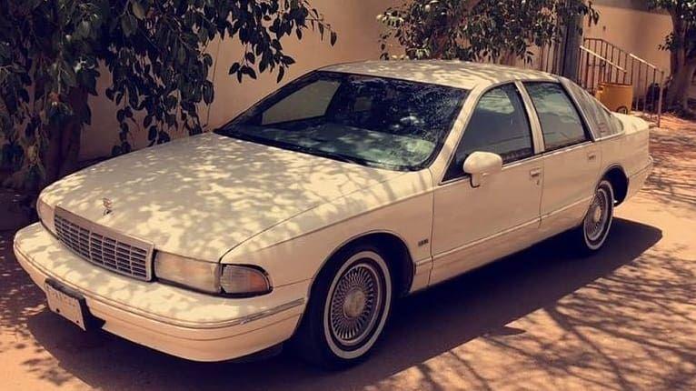Caprice Classic On Instagram للبيع For Sale للبيع السياره كابرس Ltz بروقهام الموديل 1993 حجم المكينه 5 7l اللون الخارجي ابيض ه Car Suv Suv Car