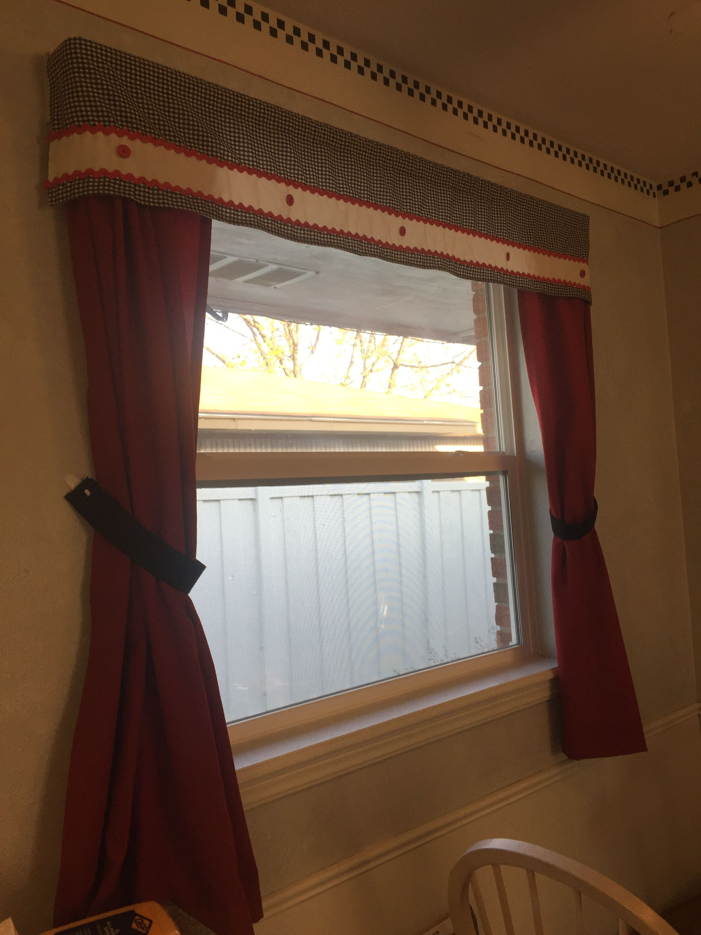 Kitchen Curtains I Made For My Mom Curtainsideasinspiration