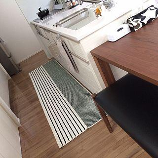 Kitchen キッチンマットのインテリア実例 9ページ目 Roomclip Kitchen ニトリ キッチンマット 白黒 ストライプに関連する部屋のインテリア 画像あり キッチンマット おしゃれ キッチンマット ニトリ キッチン