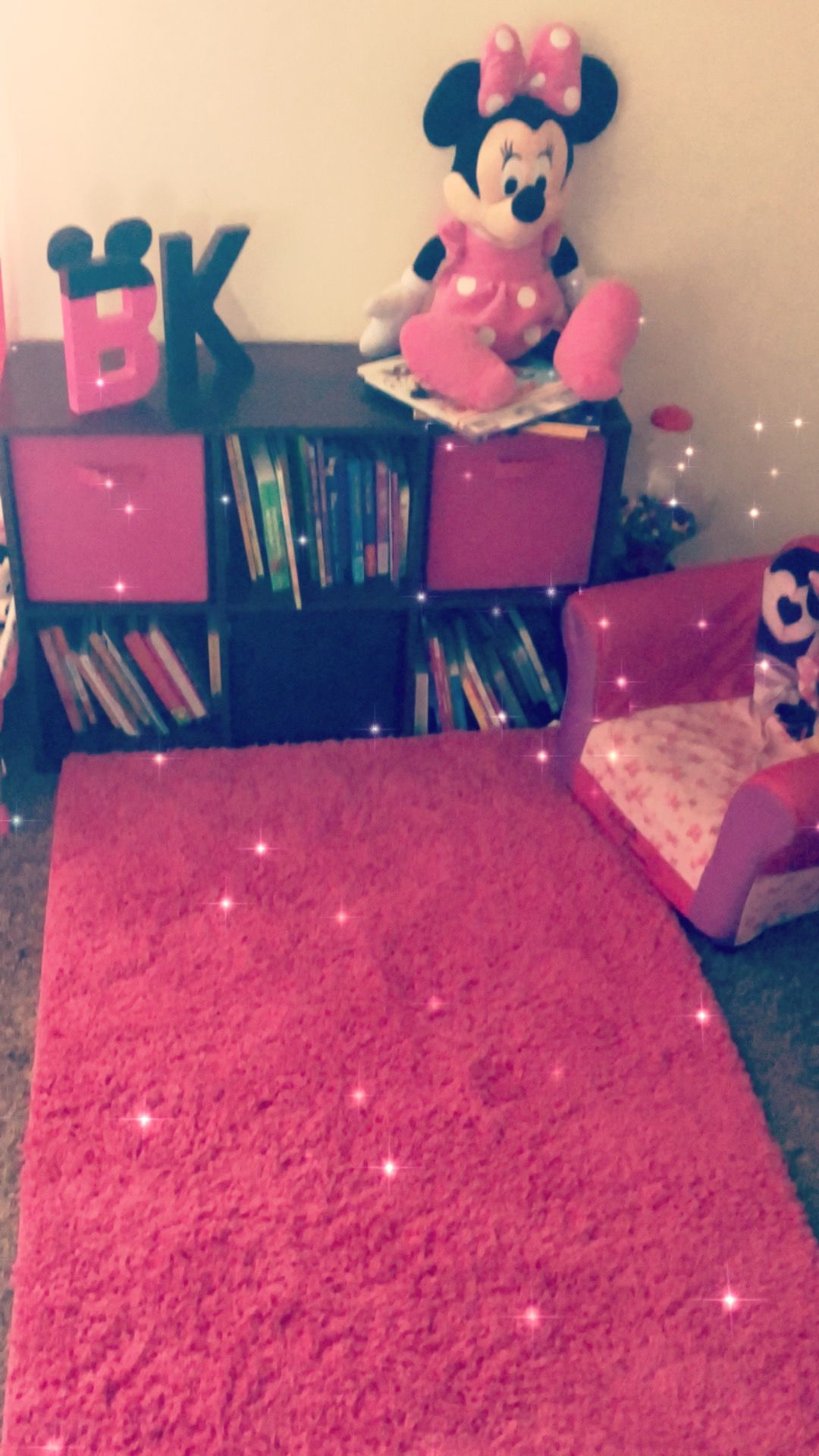 Minnie Mouse Reading Area For Toddler Minnie Mouse Girls