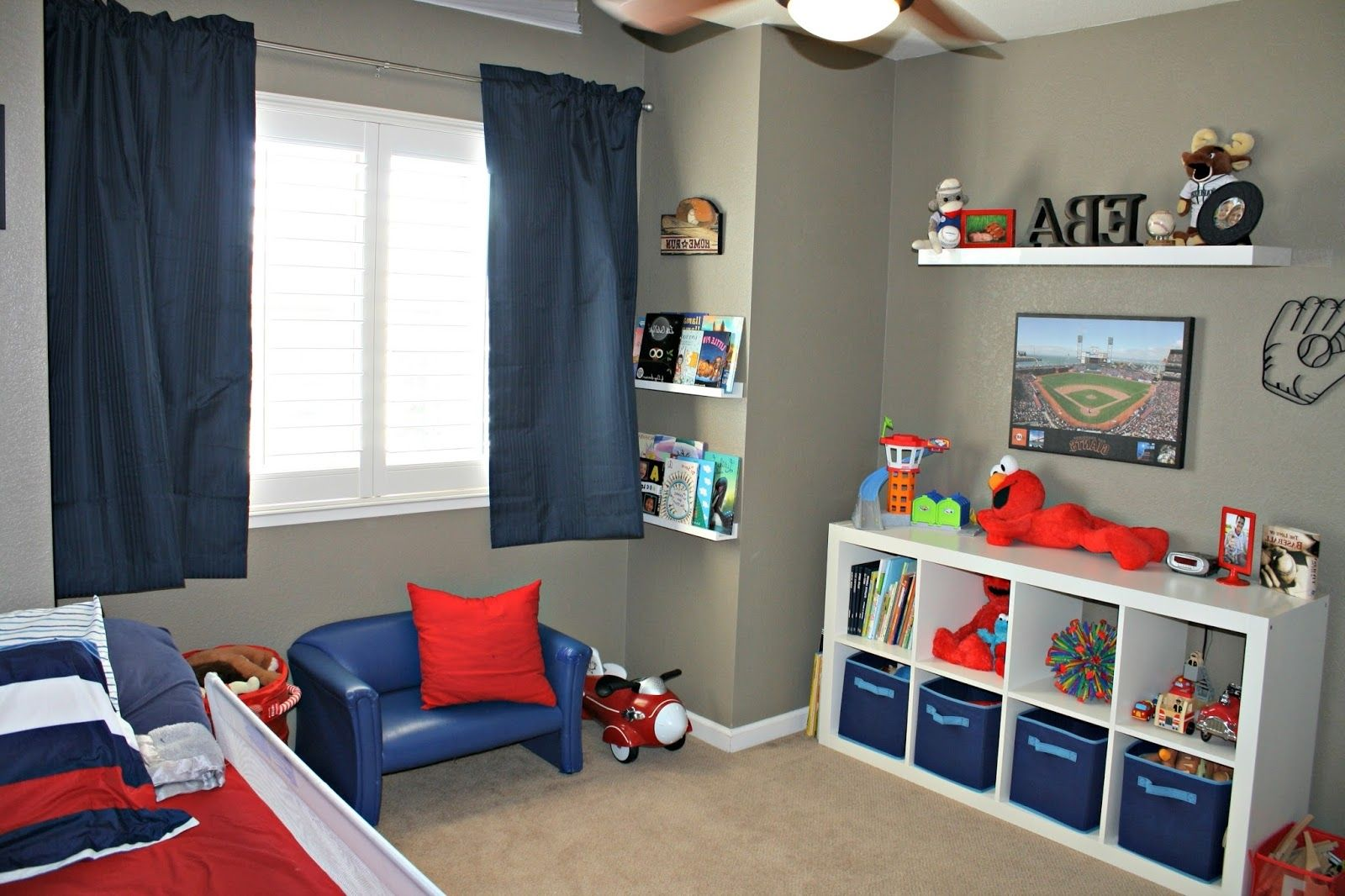 Baseball bedroom painting ideas google search jake for Boys bedroom ideas paint