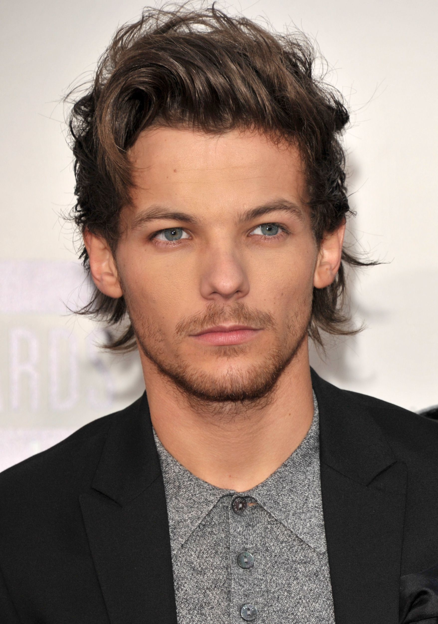 One Direction's Louis Tomlinson Calls Out Fan's Parents #onedirection2014 Louis Tomlinson has parted ways from his long-term girlfriend Eleanor Calder, just days after his bandmate Zayn Malik's relationship with Perrie Edwards was reportedly hanging in the balance. Description from tsquirrel.com. I searched for this on bing.com/images #onedirection2014