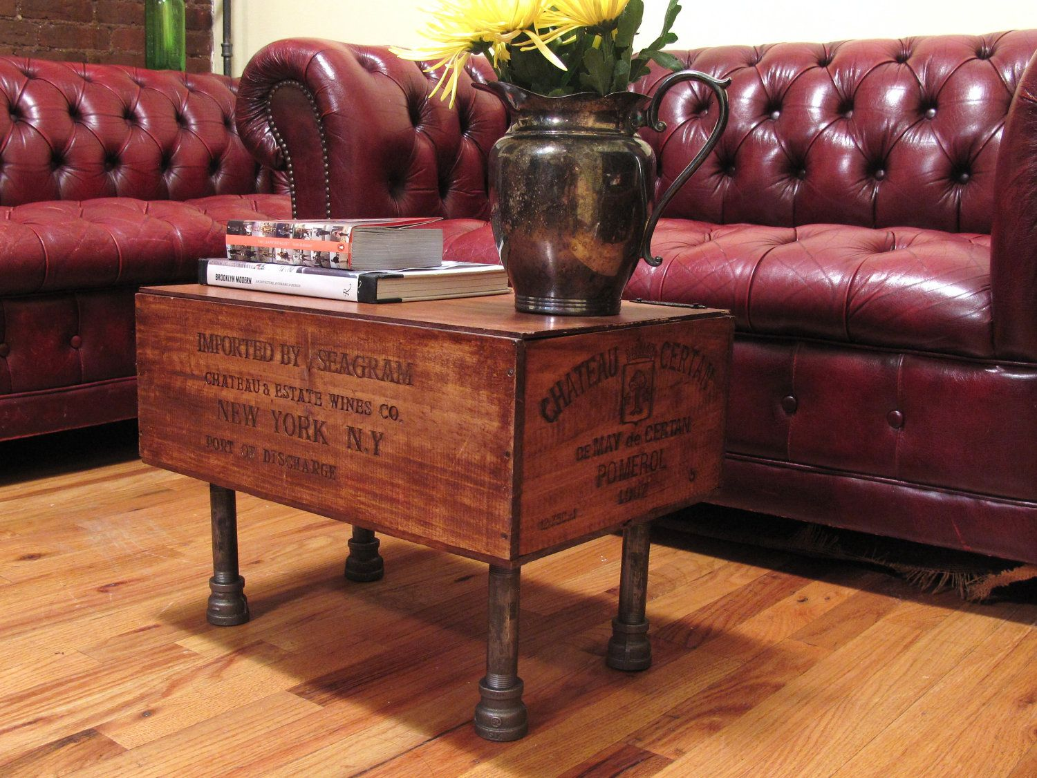 Best 25 crate table ideas on pinterest diy crate coffee for Coffee table made out of wine crates
