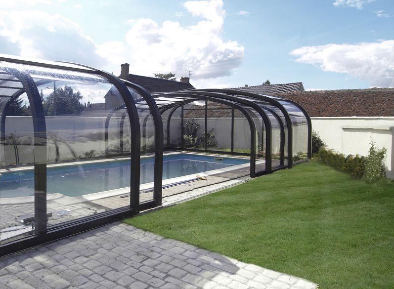 abri piscine coulissant piscine allez hop on plonge pinterest abri piscine refuges. Black Bedroom Furniture Sets. Home Design Ideas