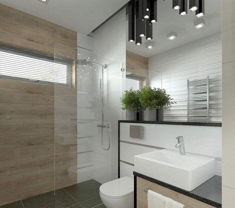 wandfliesen in wei und holzoptik graue bodenfliesen und spiegelwand waschbecken auf holz. Black Bedroom Furniture Sets. Home Design Ideas