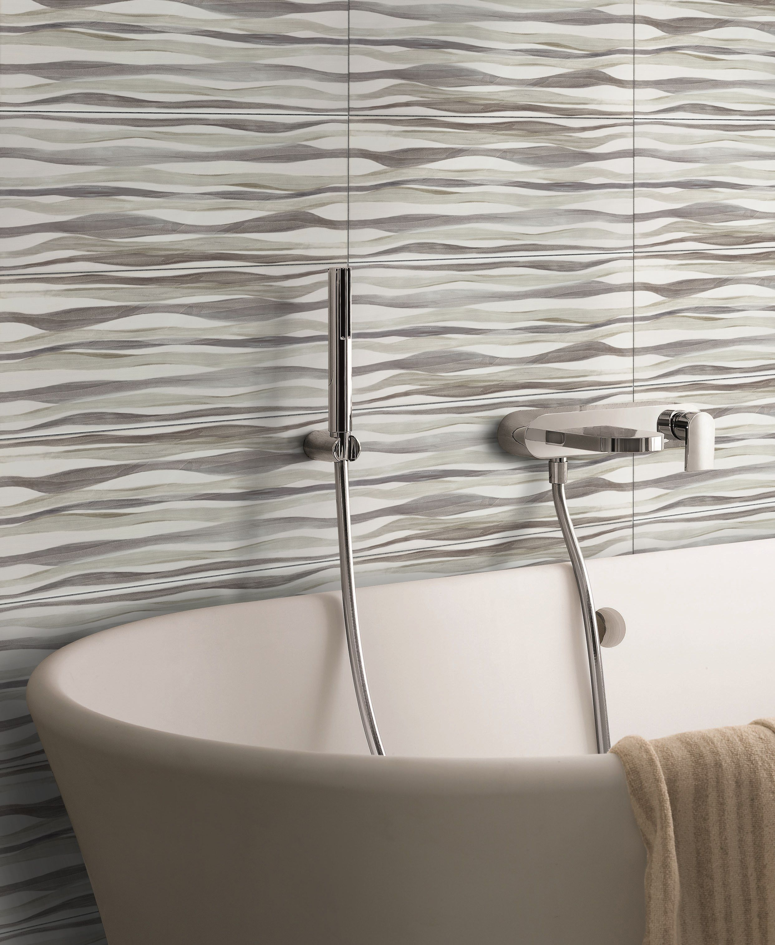 Make Your Bathroom A Relaxing Place With Ceramic Waves Effect