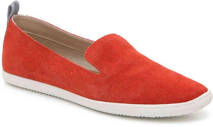 db58e049cc8c Dolce Vita Women s Skyler Slip-On Sneaker