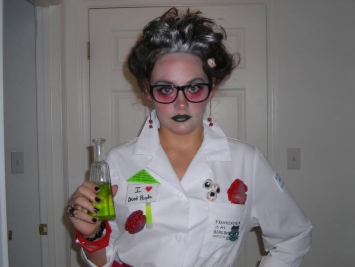 10 Easy To Make Costumes For Geek Girls Dvice Made Scientist