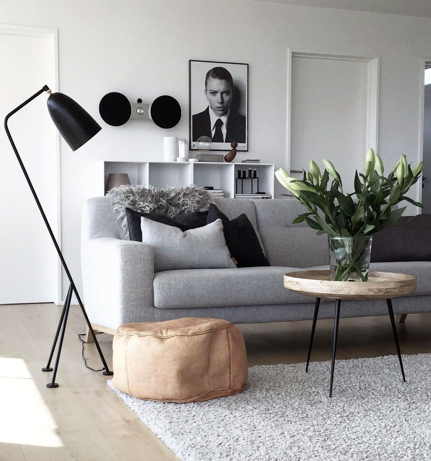 50 Adorable Mixing Rustic Theme And Scandinavian Bathroom Ideas In 2020 Scandinavian Interior Design Modern Scandinavian Interior Scandinavian Design Living Room