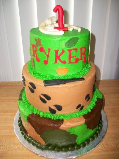1st Birthday Deer  By JenMK0403 on CakeCentral.com