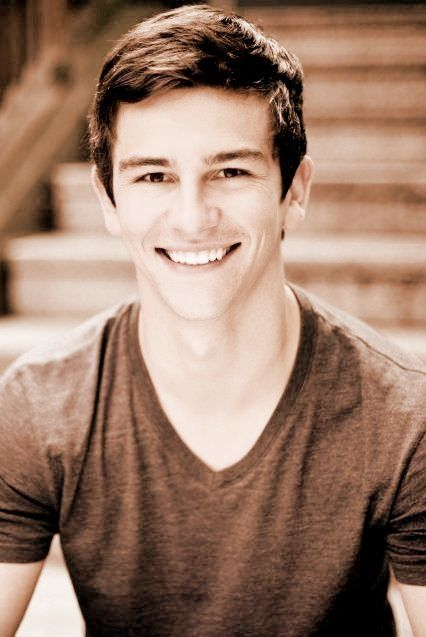 Thomas Lacey from dance academy.