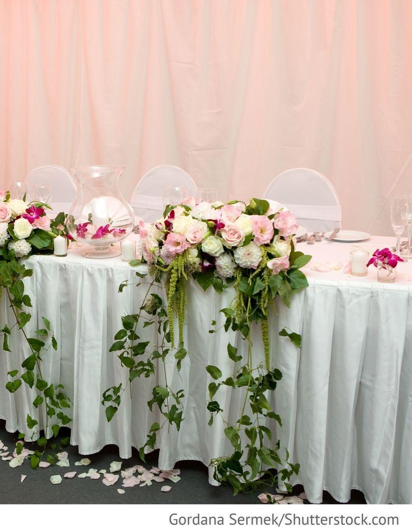 Blumen Dekoration Brautpaartisch Fur Hochzeit Hochzeit Dekoration Hochzeit Deko