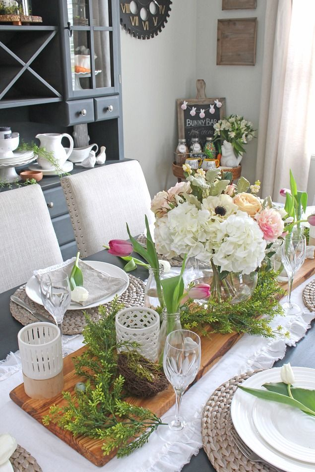Quick and easy ways to decorate for spring using faux flowers.