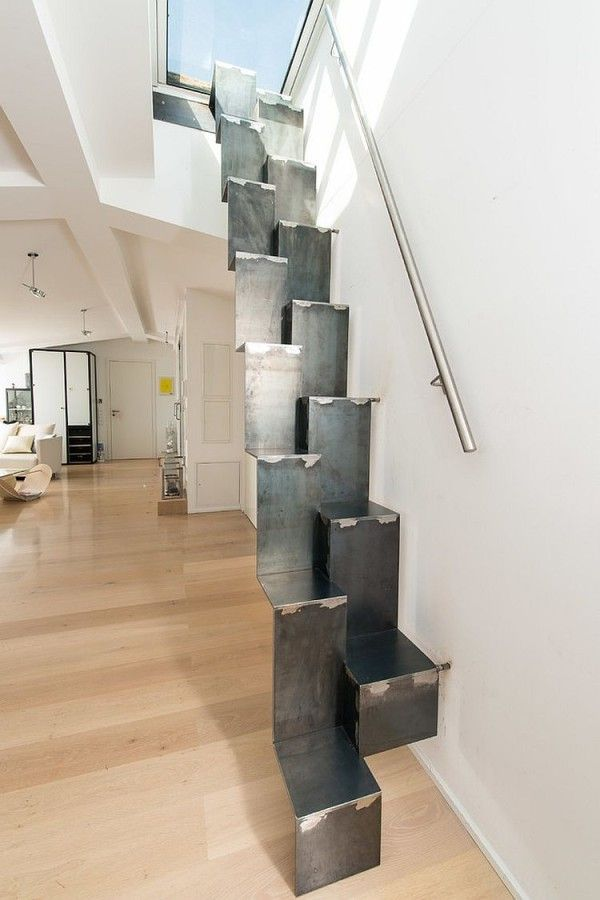 Ingenious Staircase Leading To The Roof Deck Above Progettazione