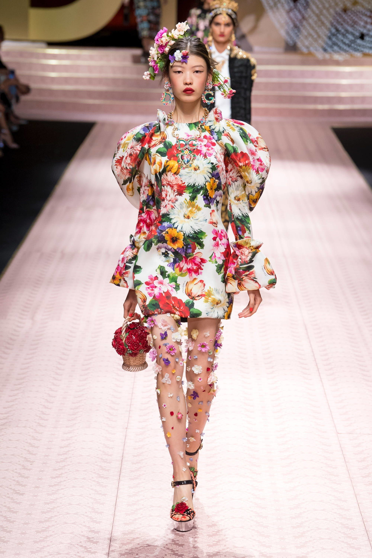 f3f590a65076 Dolce   Gabbana Spring 2019 Ready-to-Wear Collection - Vogue  DolceGabbana   fashion  Koshchenets