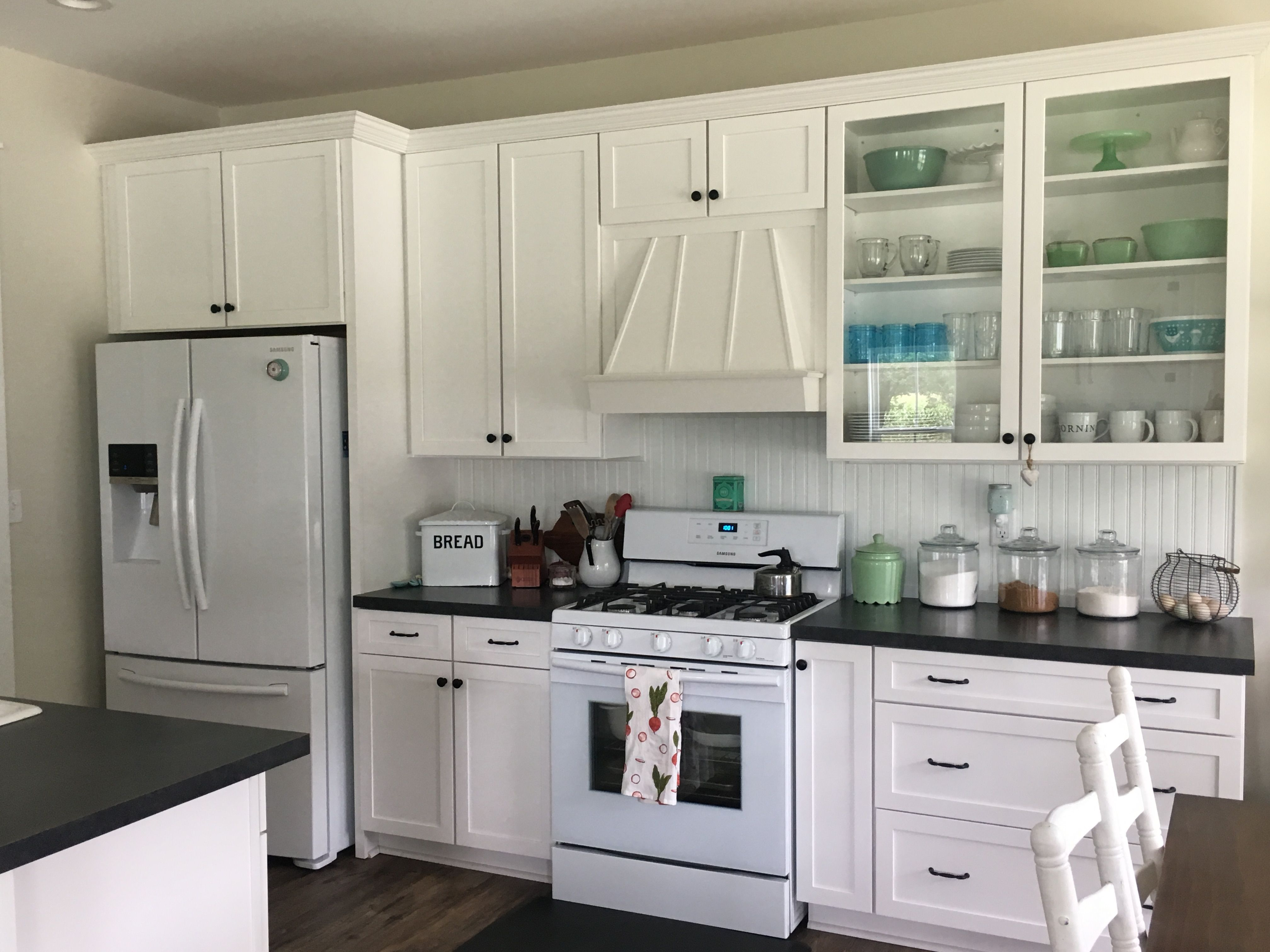 Cottage Farmhouse Style Kitchen Cabinets By Marsh Cabinet Company Kitchen Styling Farmhouse Style House Kitchen