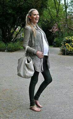 efc208964 Look embarazada