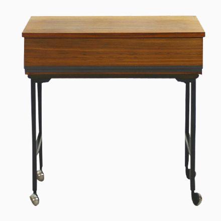 Moderner Esstisch Holz Stahl. esstisch mit 4 stühlen esstisch ...