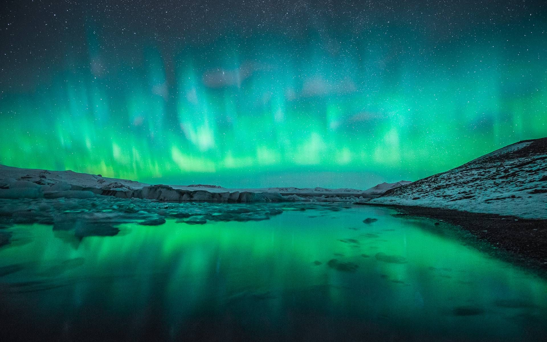northern lights desktop wallpaper 1024×678 Northern Lights ... 10 Most Beautiful Places In The World Wallpaper