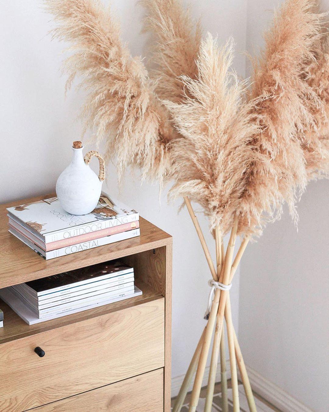 How to display Pampas Grass | Simple decor, Pampas grass, Pampas
