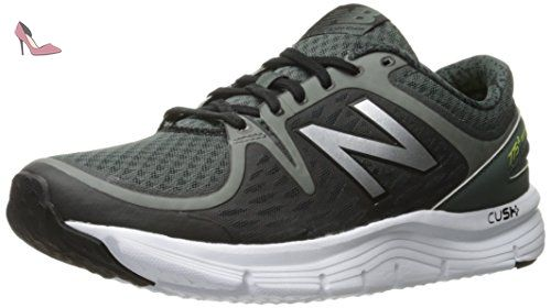 New Balance KV690I Uniform Running Shoe (Infant/Toddler), Black/Black, 17 W EU