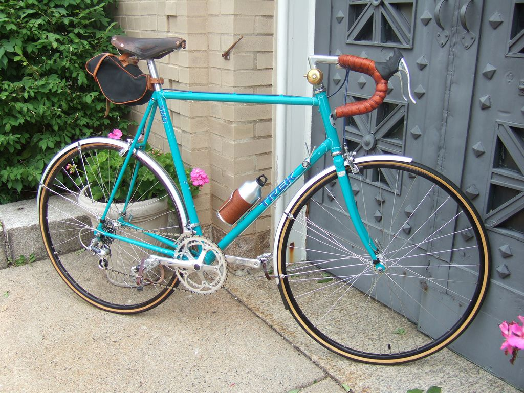 Boston Retro Wheelmen: Installing fenders on a road bike not designed for them